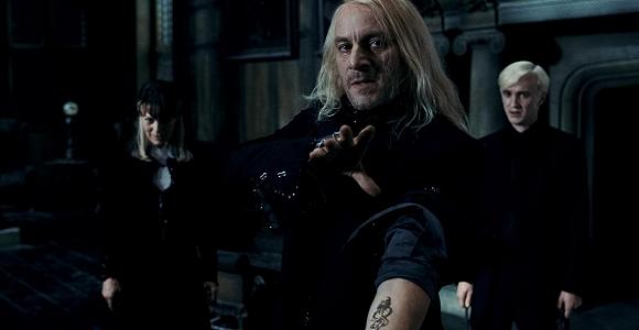 Mroczny znak na ręce Lucjusza Malfoy'a